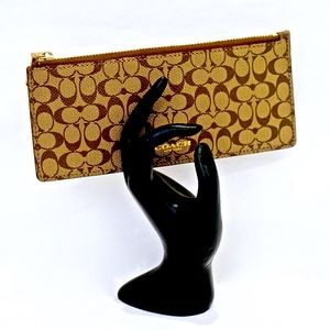 COACH~cosmetic case~BRUSHES & LINERS~ZIP TOP